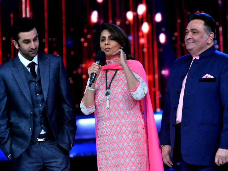 Ranbir, Neetu and Rishi on the sets of Jhalak Dikhhla Jaa.