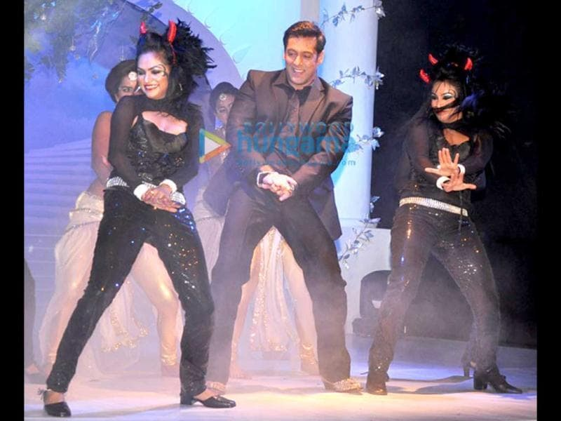 Salman Khan is back to hosting reality show Bigg Boss for the fourth time in a row. The season this time will show the angelic and the demonic side of the contestants. The seventh season of the show was launched recently.