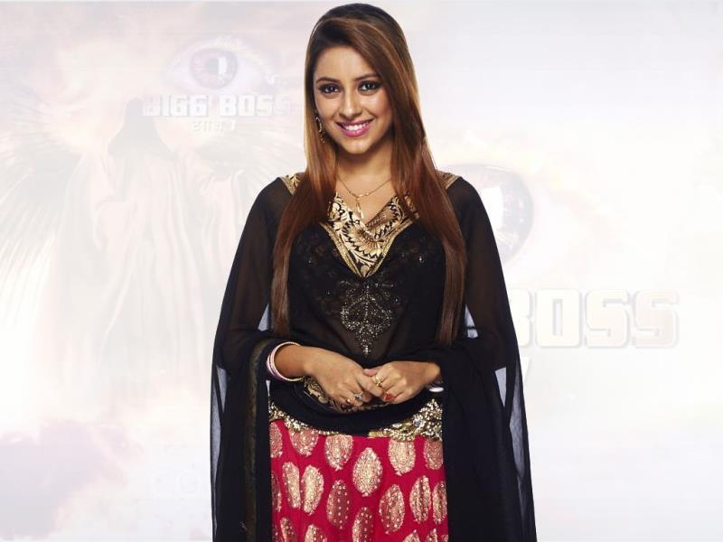 Bigg Boss 7 has 15 contestants, most of them from TV. Pratyusha Banerjee is well-known face amongst fans of fiction shows on TV. She has acted in Balika Vadhu.