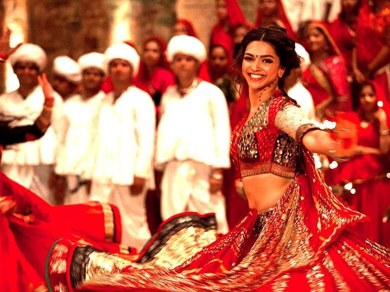 Deepika Padukone reportedly broke down on the last day of Ram Leela when Sanjay Leela Bhansali praised the actress.