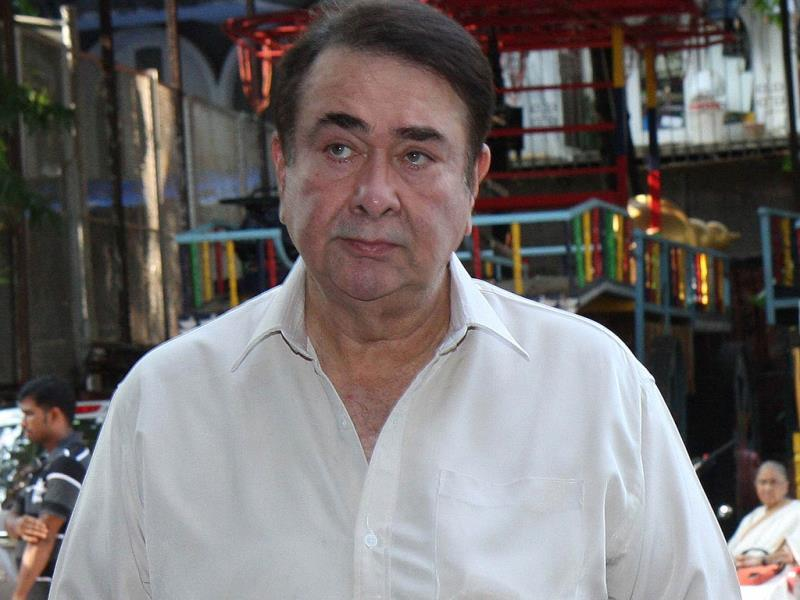 Randhir Kapoor arrives at the prayer meet. (AFP Photo)