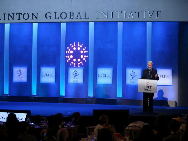 Former US president Bill Clinton announces the winners of the Hult Prize on the first day of president Bill Clinton's annual CGI meeting in New York.(AP photo)