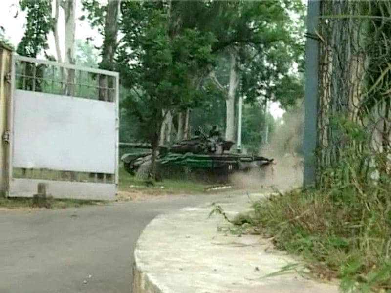 Army vehicles, including tanks, on the move in the Army HQ at Samba in Jammu after the attack by militants. (ANI Photo)