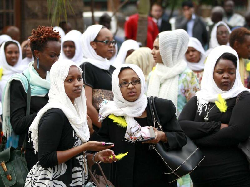 Kenyan journalists gather for the funeral prayers of their colleague Ruhila Adatia Sood, who was killed in the Westgate shopping mall attack, in Nairobi. (Reuters Photo)