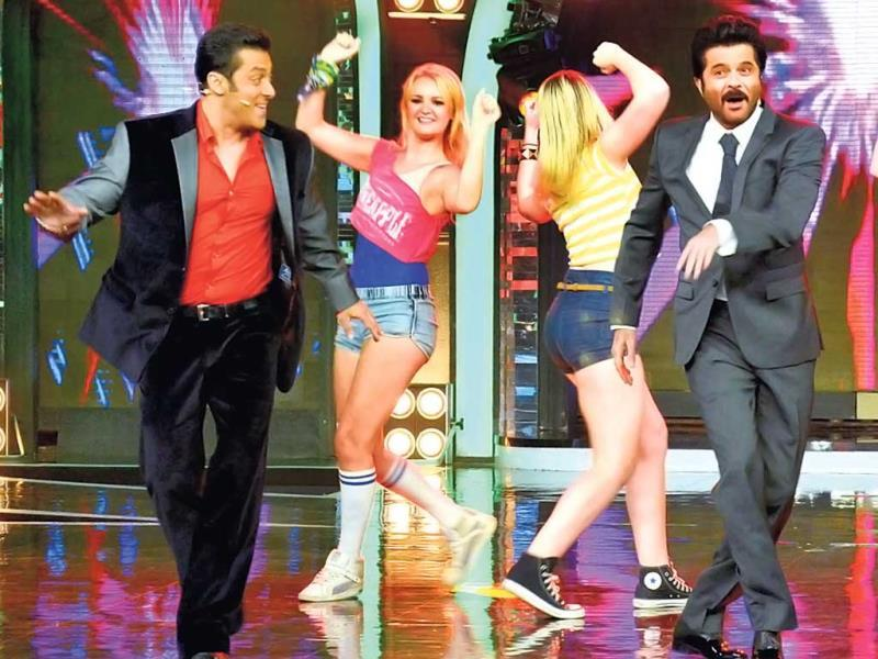 Anil Kapoor and Salman Khan show some dance moves on the sets of Bigg Boss 7. (Photos: Yogen Shah)