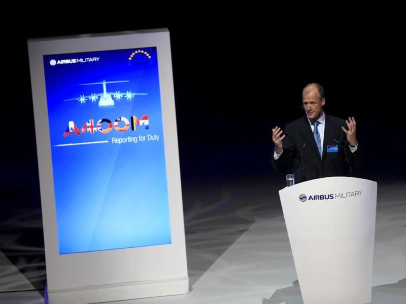 EADS chief executive officer Tom Enders makes his speech during a ceremony unveiling the the Airbus A400M military transport plane at an assembly plant in the Andalusian capital of Seville. (Reuters Photo)