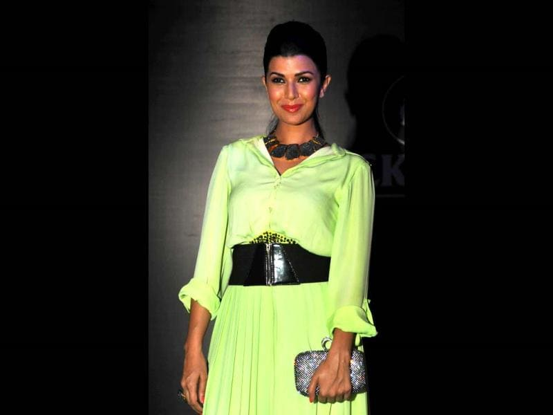 Actress Nimrat Kaur at the the Showstoppers Blackberry's Sharp Nights Progressive fashion show in Mumbai on October 4, 2013. (AFP Photo)