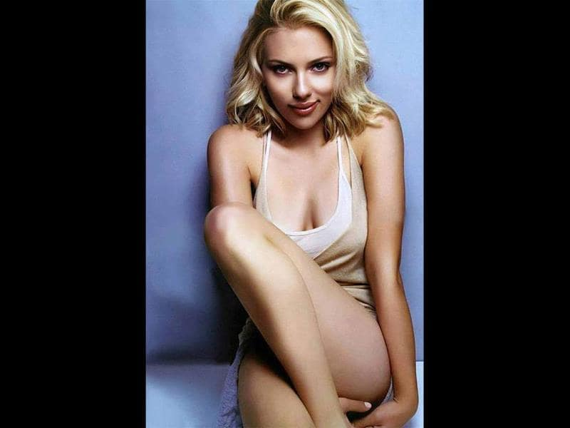 Scarlett Johansson has the most envious bod and the actress has been voted the sexiest woman alive for the second time by Esquire magazine. Take a look at the curvy star's hot public appearances.