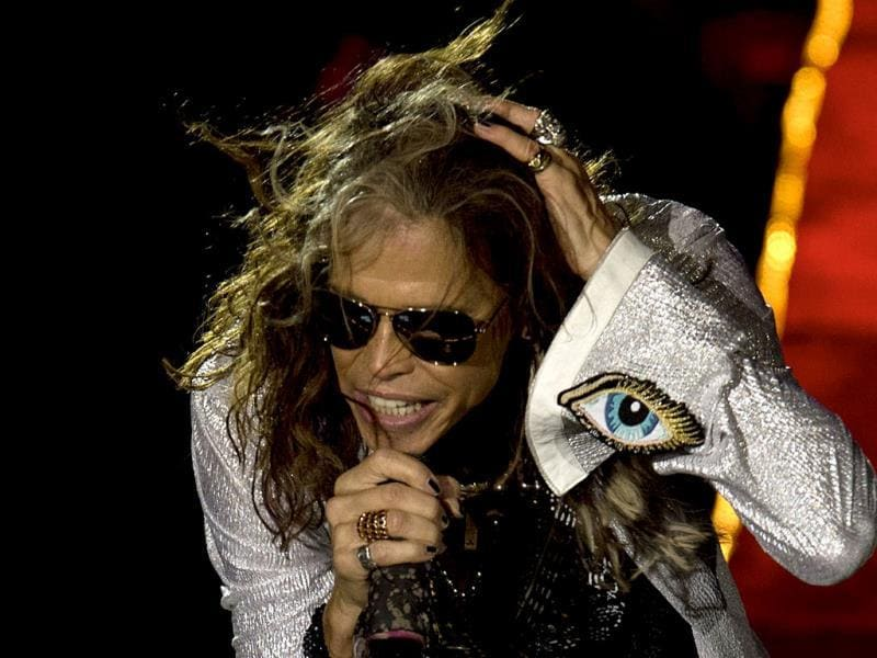 Aerosmith lead singer Steven Tyler performs at the Centenario stadium in Montevideo. (AFP Photo)
