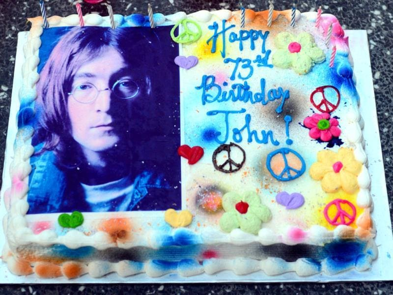 A birthday cake for the former Beatles singer John Lennon, as fans celebrate his 73rd birthday in Hollywood, California. (AFP Photo)
