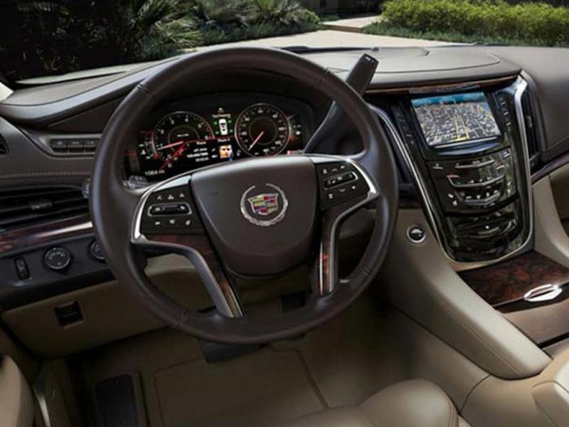 New Cadillac Escalade SUV photo gallery
