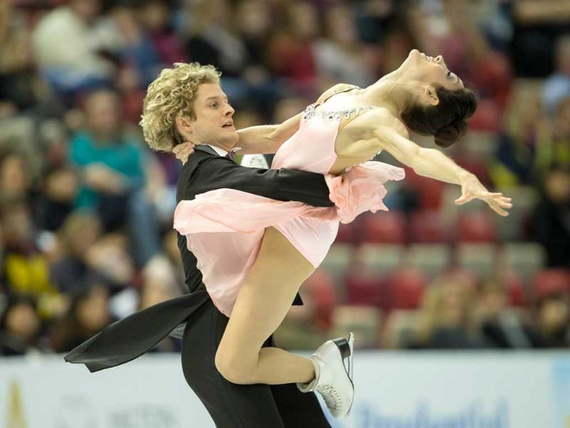 Ice dancers Meryl Davis and Charlie White of the United States skate. (AFP Photo)