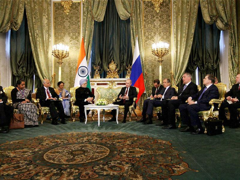 Prime Minister Manmohan Singh and Russian President Vladimir Putin at a meeting in Moscow. (PTI)