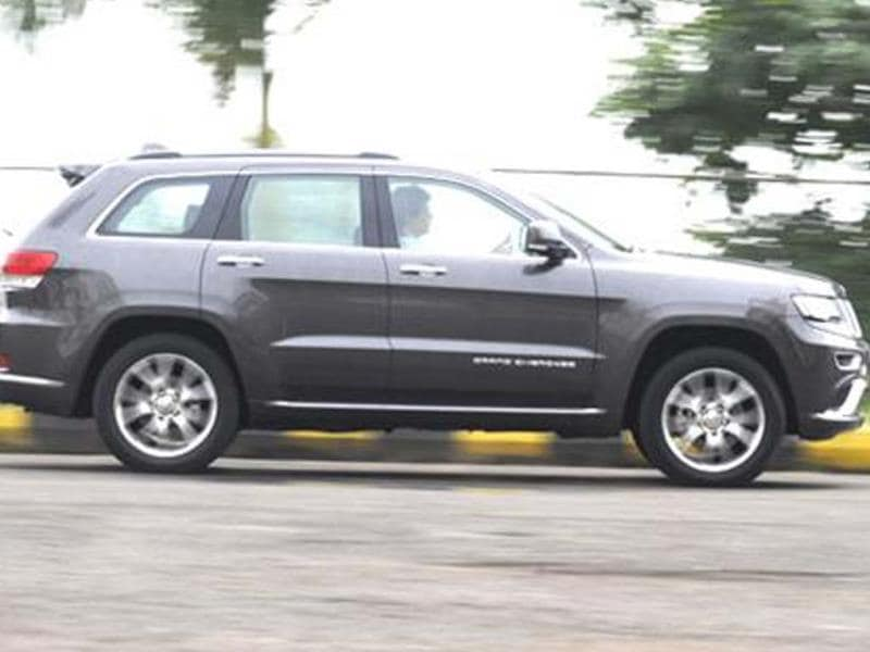 Jeep Grand Cherokee photo gallery
