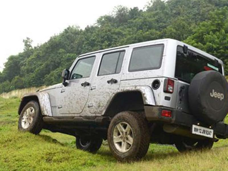 2013 Jeep Wrangler review Unlimited CRD, test drive
