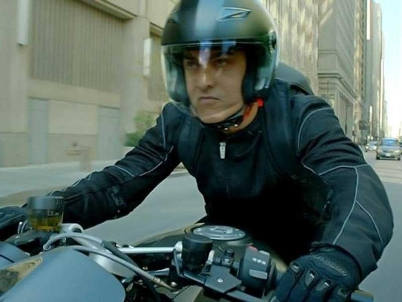 Aamir Khan sporting a menacing expression in Dhoom:3.