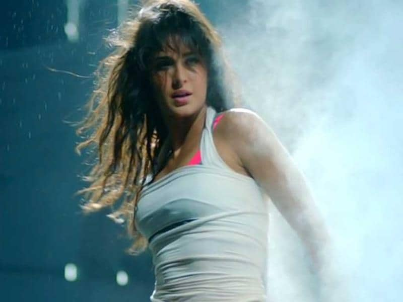 Katrina Kaif looks uber sexy in Dhoom:3.