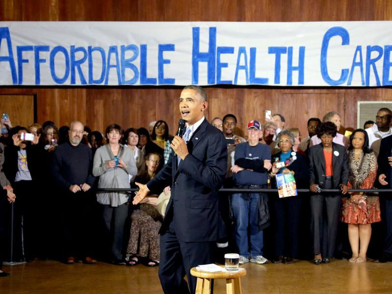 US President Barack Obama speaks at Temple Emanu-El in Arlington, Texas, as he promotes his health care law.(AP photo)