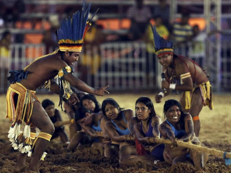 Members of a Brazilian indigenous ethnic group compete during a tug-of-war competition at the Games of the Indigenous People in Cuiaba. (Reuters Photo)