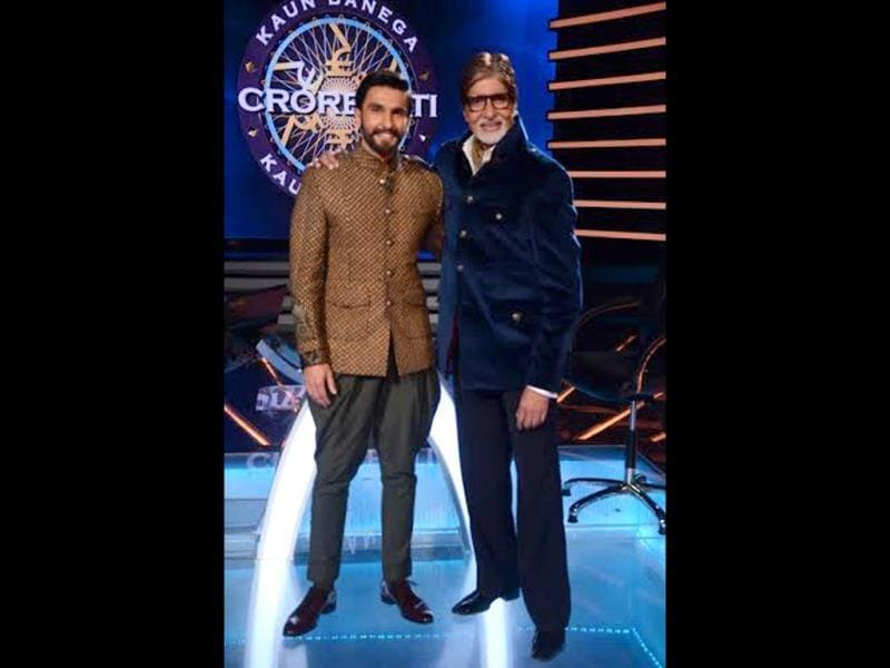 Ranveer Singh visited Amitabh Bachchan on the sets of KBC 7 recently to promote his latest Ram-leela. Browse through and take a look at the fun he had.