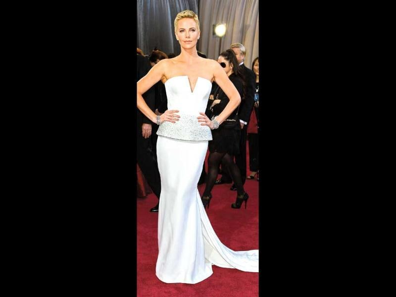"The Oscar-winning actor looks gorgeous and gamine in her pixie cut. ""It's the most freeing thing, I highly recommend it. I think every woman should do it (sic),"" Charlize Theron had said in an interview."