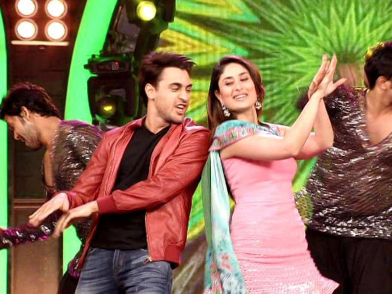 Kareena Kapoor and Imran Khan visited Bigg Boss 7 recently to promote their film Gori Tere Pyar Mein. The actors had fun with Salman Khan and also took a trip inside the house. Take a look at the fun the duo had.
