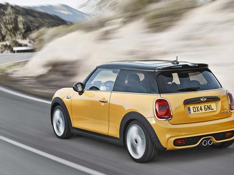 New 2014 Mini hatchback photo gallery