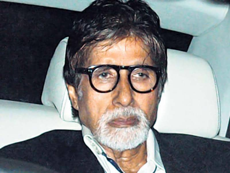 Amitabh Bachchan also made his presence felt at Sachin's bash.