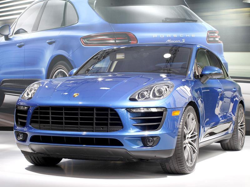 A Porsche Macan S is shown during media preview days at the 2013 Los Angeles Auto Show on November 20, 2013 in Los Angeles, California. The LA Auto Show was founded in 1907 and is one of the largest with more than 20 world debuts expected. The show will be open to the public November 22 through December 1.(AFP photo)