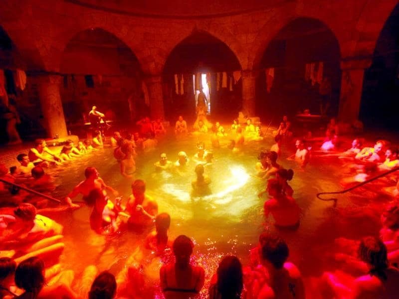 Spa goers relax at a overnight session in the Rudas Baths in Budapest. (Reuters Photo)