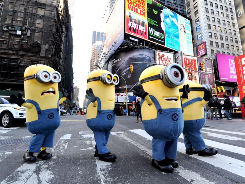 The minions are out for a quick bite before the fans get them! Watch them walk Beatles style as we attempt to translate the minion language for you.