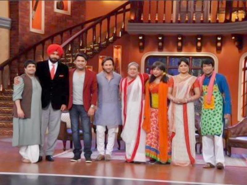 Saif Ali Khan poses with the crew on the sets of Comedy Nights with Kapil.