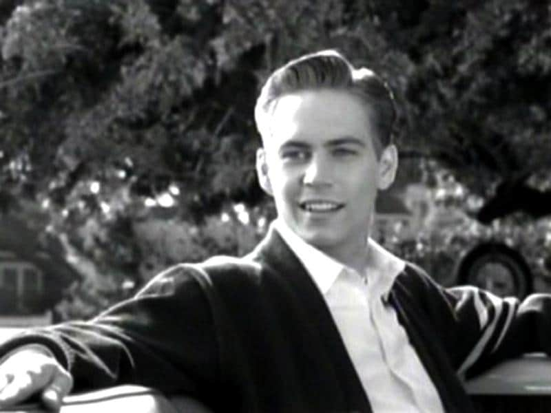 Pleasantville (1998) was a comedy-drama starring Reese Witherspoon and Paul Walker. Interestingly, the film was dedicated to J. T. Walsh's memory. Browse through for more Walker movies.