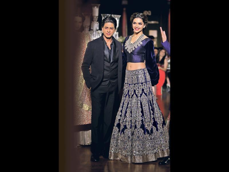 While SRK is reportedly 5.8 ft, Deepika Padukone is believed to be around 5.9 ft, but till date, they have worked on multiple hits — Om Shanti Om (2007) and Chennai Express.