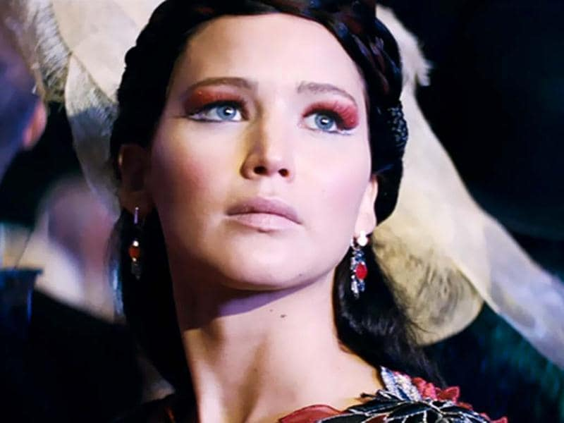 Jennifer Lawrence returns to play the lead as Katniss Everdeen in The Hunger Games: Catching Fire.