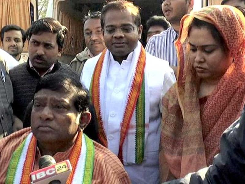Congress leader Ajit Jogi talks to media after casting his vote during the assembly election in Chhattisgarh. (PTI)