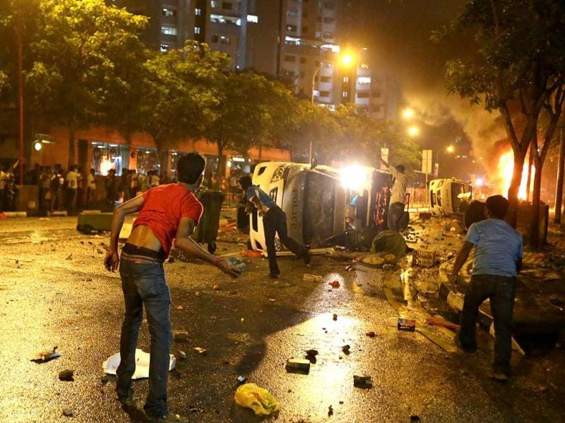 Rioters on a rampage in Singapore's Little India district. (AFP Photo)
