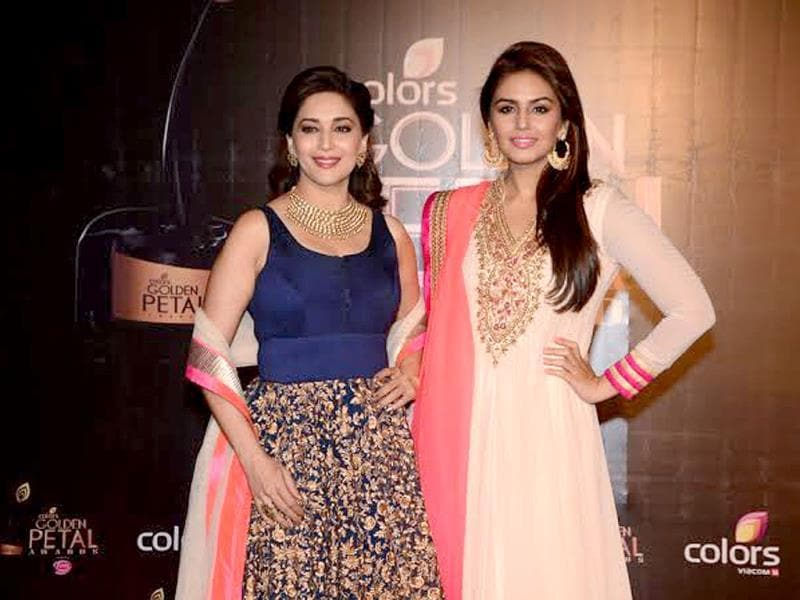 From the gorgeous Madhuri Dixit to a galaxy of top names from the TV industry - several big faces were spotted at the Colors Golden Petal Awards 2013. Browse through.