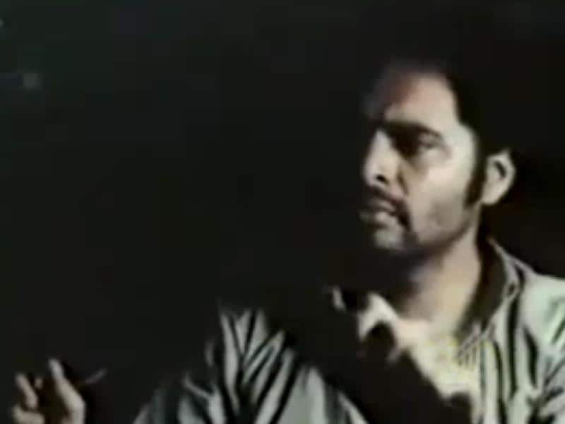 Muzaffar Ali directed Gaman (1978) has Farooq Sheikh playing a UP migrant in Mumbai (Bombay) struggling to stay afloat, working as a taxi driver. He does eventually decide to return home but is unable to do so. The film deals with the issue of futility of urban migration.