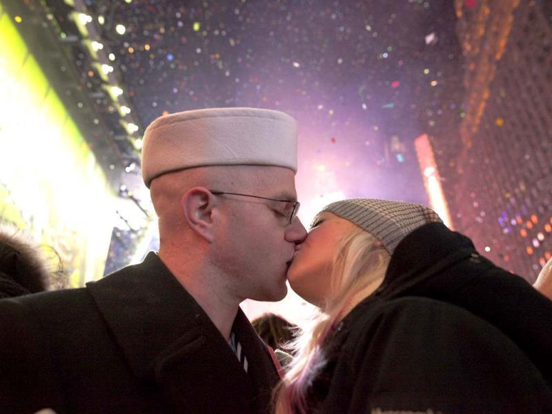 A sailor kisses a woman during New Year's Eve celebrations in Times Square in New York. (Reuters Photo)