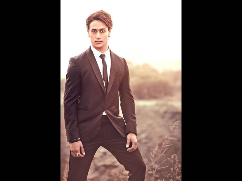 Tiger Shroff is all set to make his debut with Heropanti.