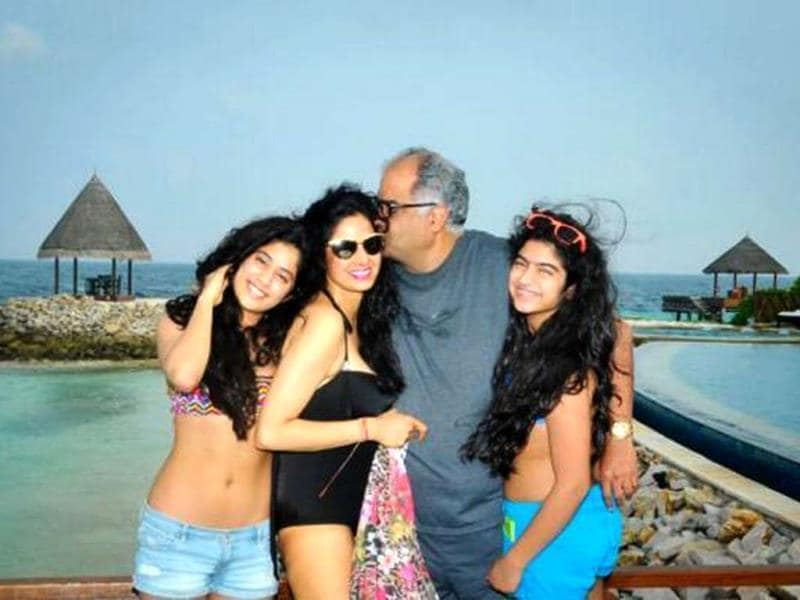 Sridevi and Boney Kapoor had a beach holiday this New Year's with their daughters Khushi and Jhanvi. Check out the snaps.