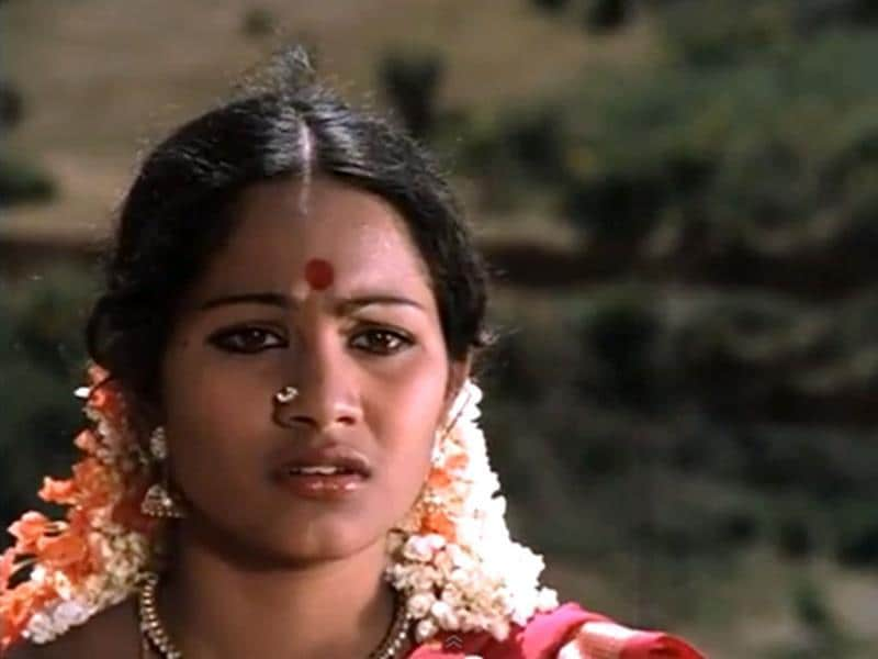 Actress Shoba, after acting in innumerable Tamil, Telugu, Kannada and Malayalam Films, the National Award winner committed suicide at the age of 17.