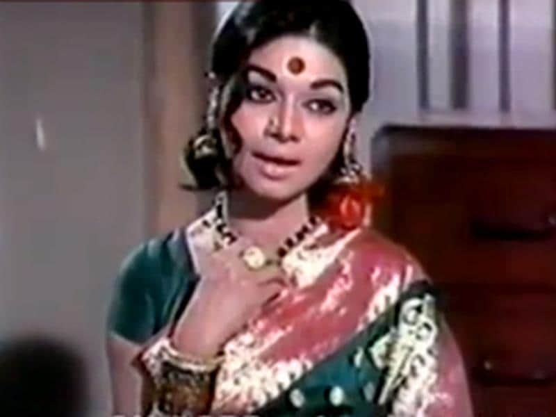 In 1979, Kannada film actress, Kalpana swallowed a diamond when the man she was waiting for did not turn up to meet her.