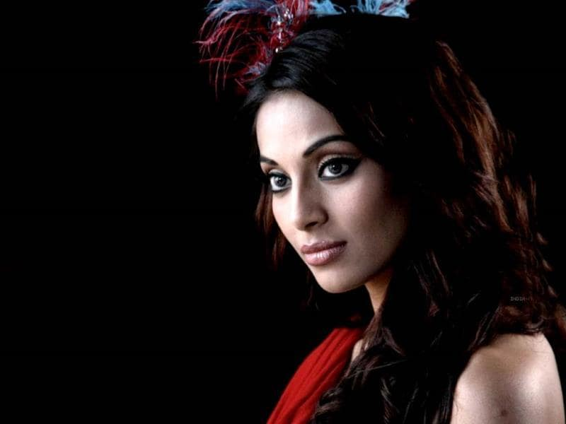 Sudipto Chattopadhyay's 2010 film Paankh had one of the off-beat roles Bipasha essayed. She played an imaginary character in the protagonists's life.