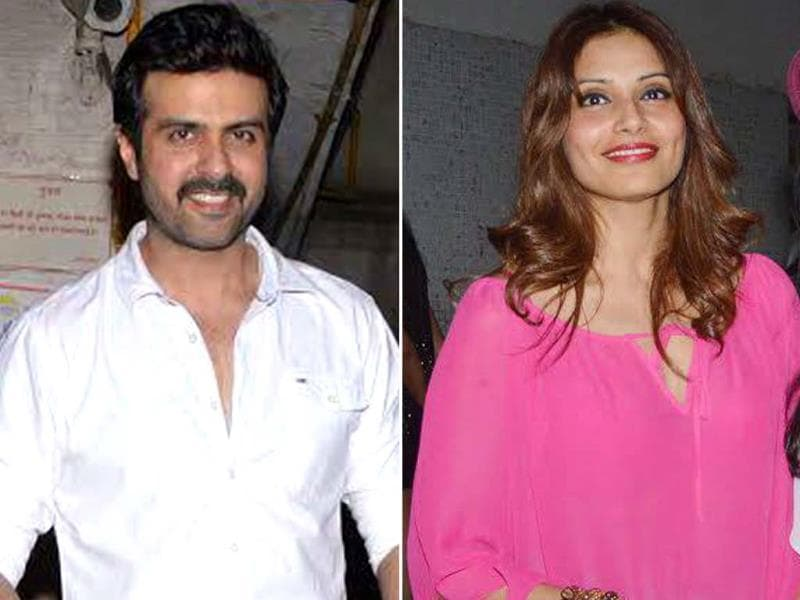 Bipasha Basu celebrated her birthday with rumoured boyfriend Harman Baweja.
