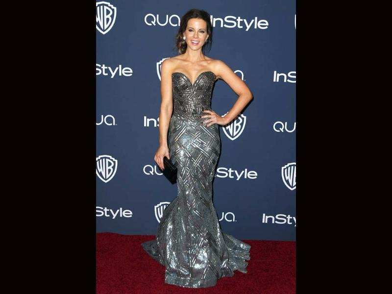 Kate Beckinsale looked great in a shiny, sparkly number.