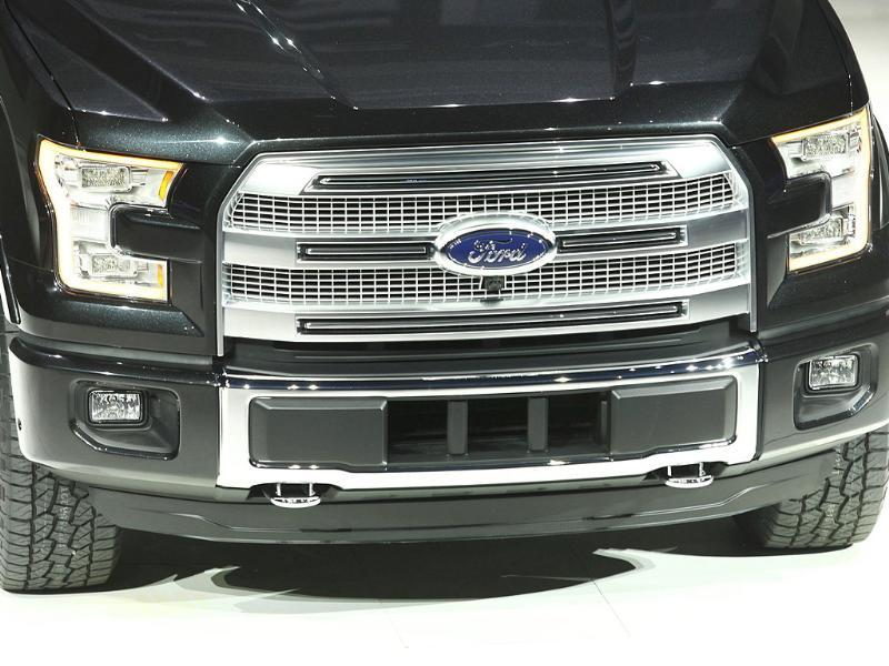 A view of the grille area of a new Ford F-150 pickup truck as it is displayed during the press preview day of the North American International Auto Show in Detroit, Michigan.(Reuters photo)