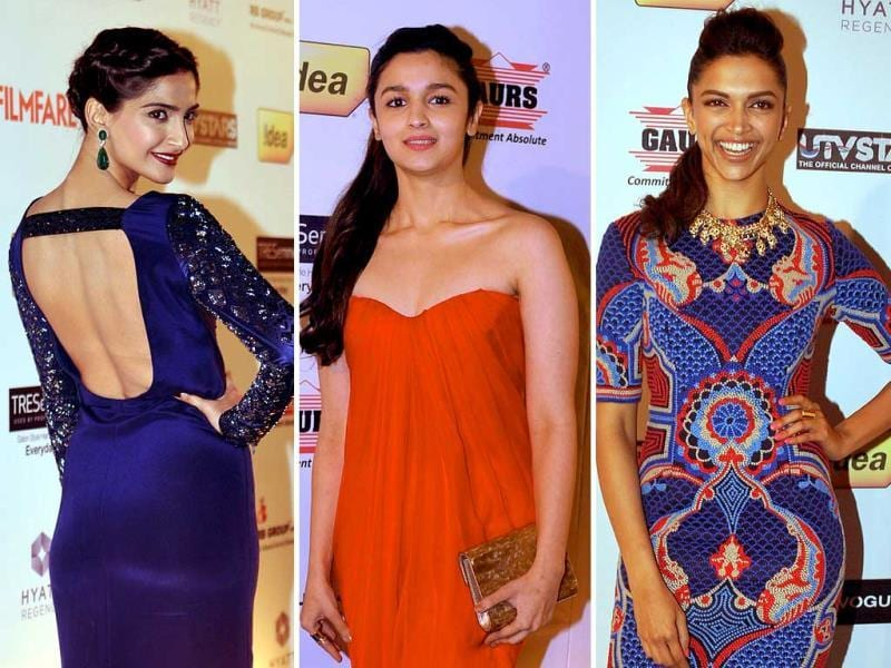 Bollywood divas were at their glamorous best at the pre-awards party of an awards function. Check out the pics.