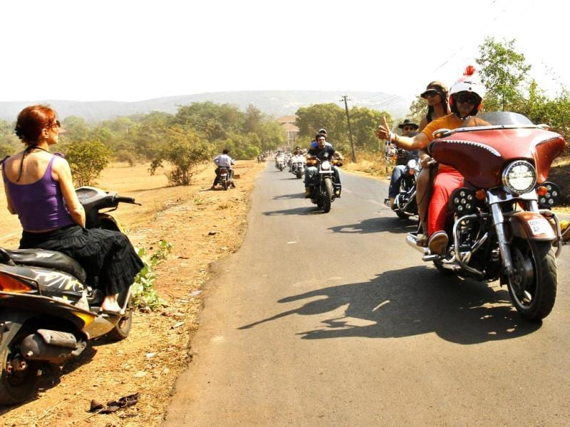 Harley owners from Mumbai take part in the HOG (Harley Owners Group) Parade to the India Bike Week venue on the opening day of the event at India Bike Week 2014, in Goa. (Ajay Aggarwal/HT)